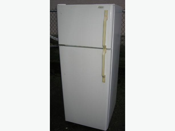 Apartment size Fridge white frost free Beau mark Esquimalt & View ...