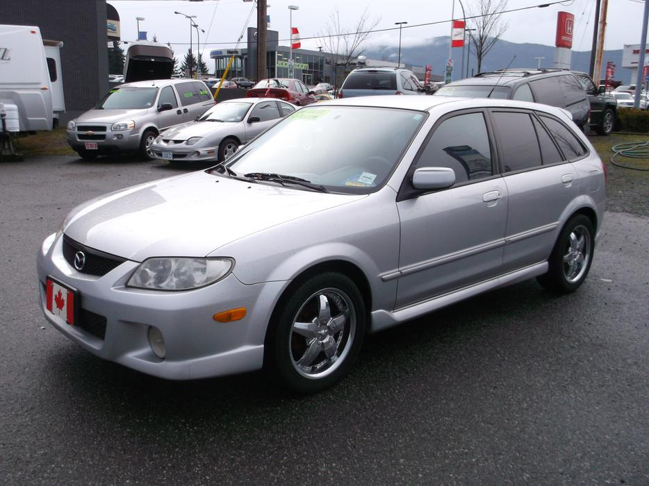 2002 mazda protege5 outside comox valley comox valley. Black Bedroom Furniture Sets. Home Design Ideas