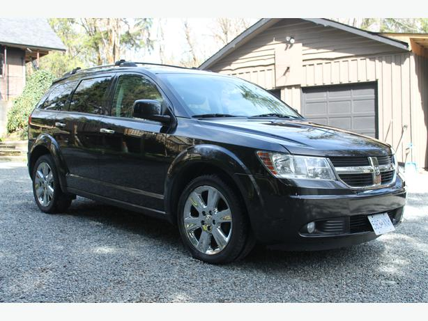 2009 dodge journey rt all wheel drive loaded with leather and two tv 39 s duncan cowichan mobile. Black Bedroom Furniture Sets. Home Design Ideas