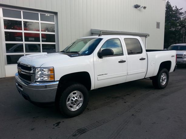 """Chevrolet Silverado 2500hd Gatineau >> 2013 Chevrolet Silverado 2500HD Crew Cab 6'6"""" box 4x4 West Shore: Langford,Colwood,Metchosin ..."""
