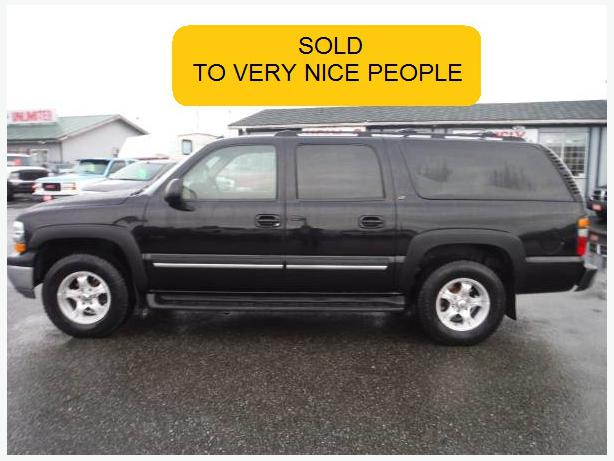 2004 chevrolet suburban lt 4x4 suv 1500 outside victoria. Black Bedroom Furniture Sets. Home Design Ideas