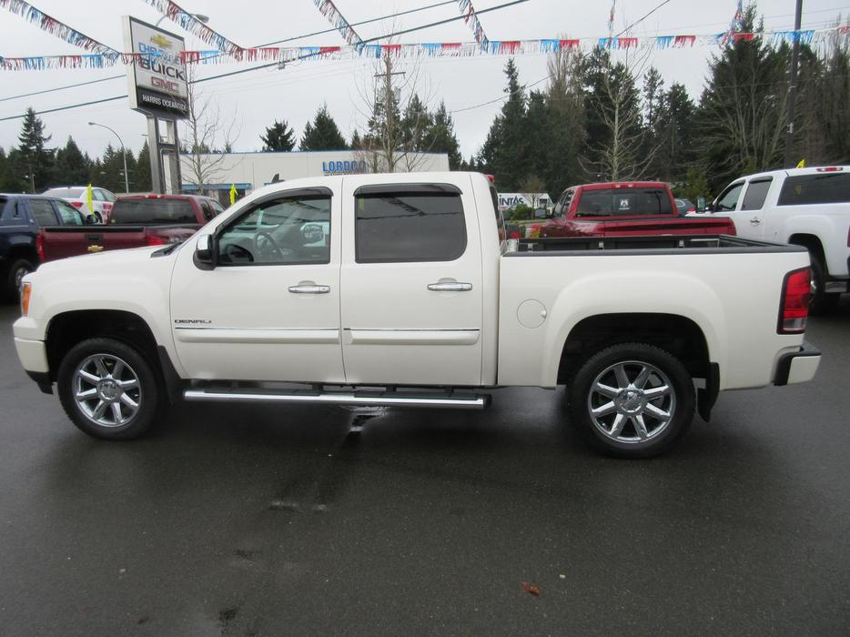 2010 gmc sierra 1500 denali awd outside nanaimo nanaimo. Black Bedroom Furniture Sets. Home Design Ideas