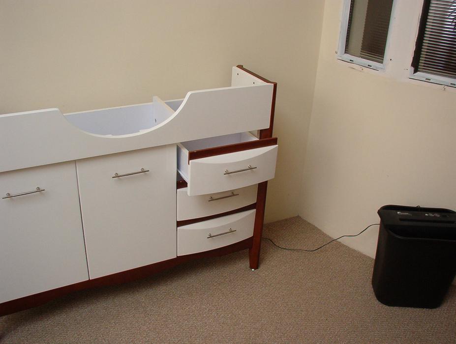small bathroom vanity for sale parksville parksville qualicum beach mobile. Black Bedroom Furniture Sets. Home Design Ideas