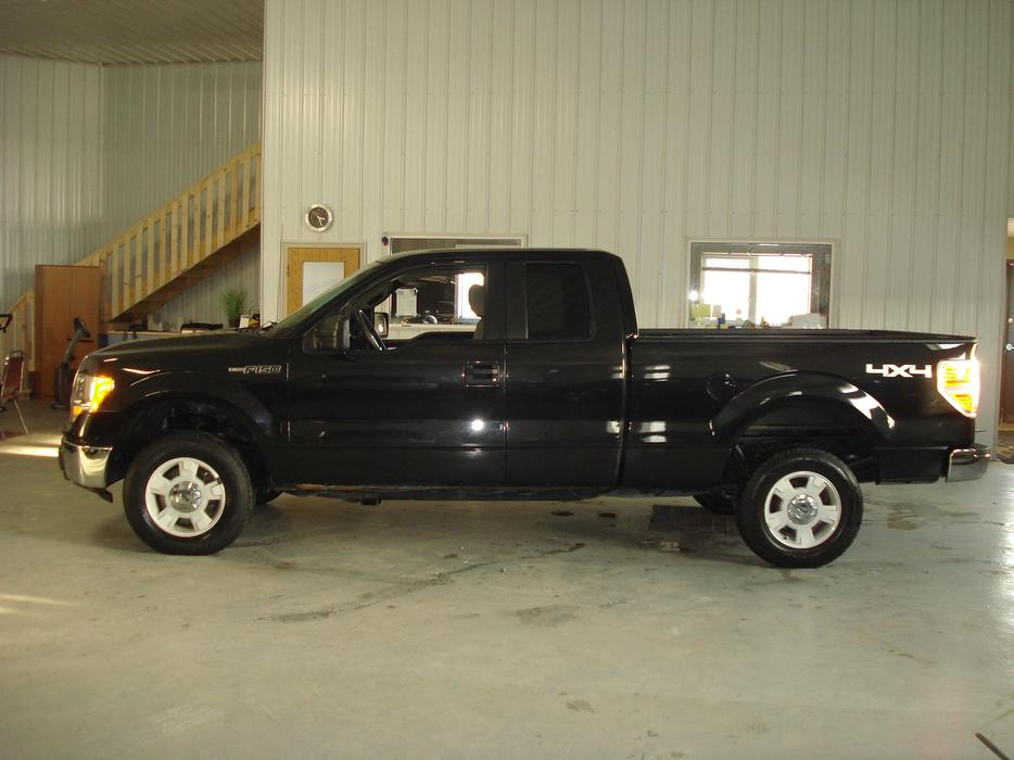 2010 ford f 150 xlt 4wd 887 indoor auto sales winnipeg. Black Bedroom Furniture Sets. Home Design Ideas