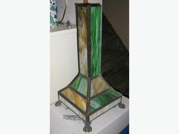 in needed 50 antique stained glass lamp base only make offer. Black Bedroom Furniture Sets. Home Design Ideas