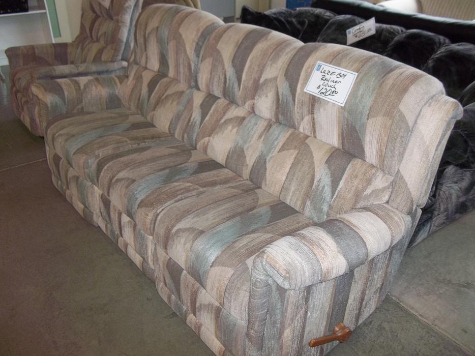 Was 125 Lazy Boy Recliner Couch For Sale At St Vincent De