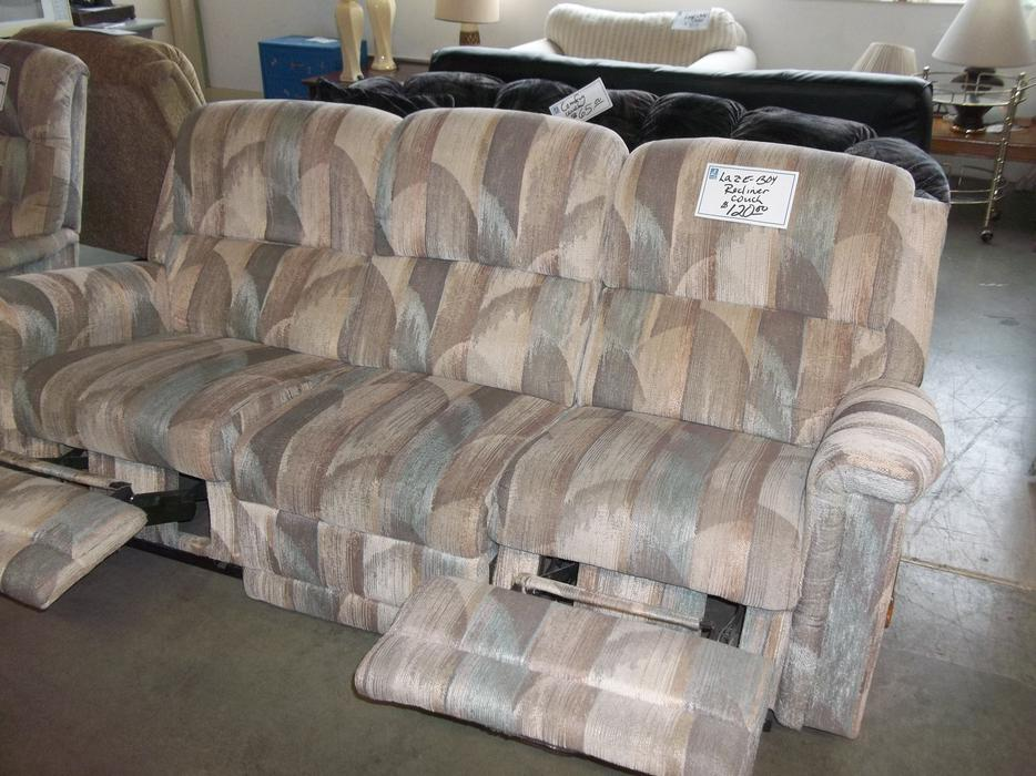 Was 125 Lazy Boy Recliner Couch For Sale At St Vincent De