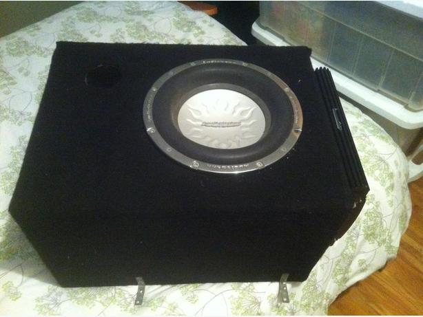 "12"" Sub w/ Box, Amp and Cords"