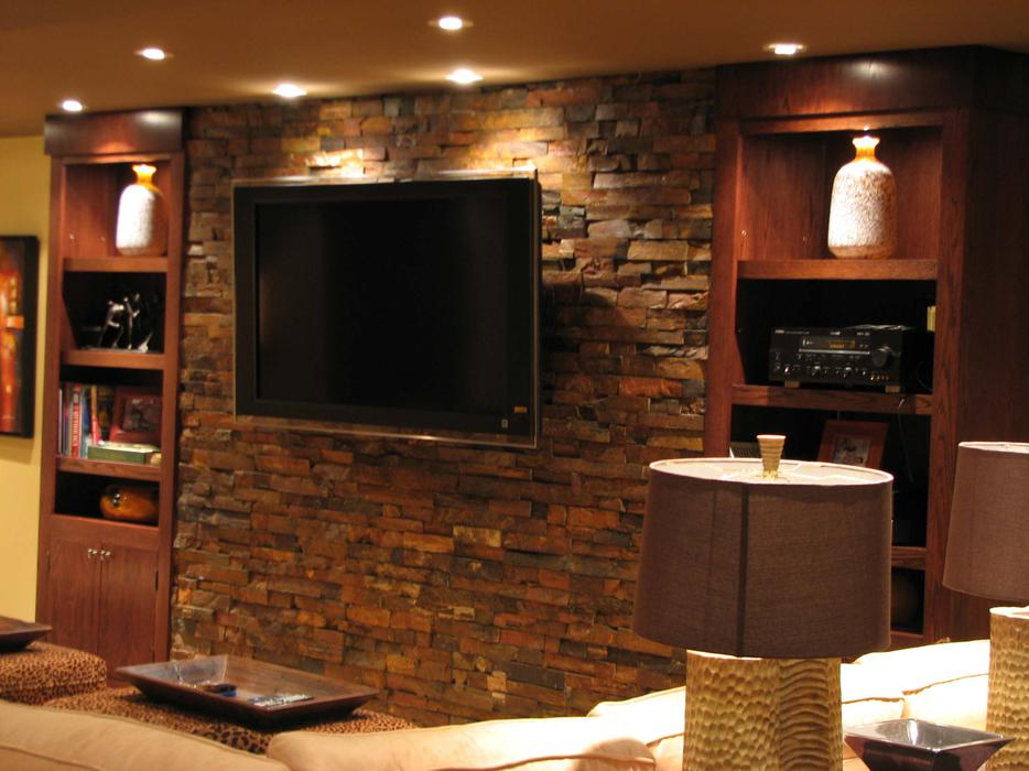 Turn your ideas into reality vaughan toronto for Home bar renovation