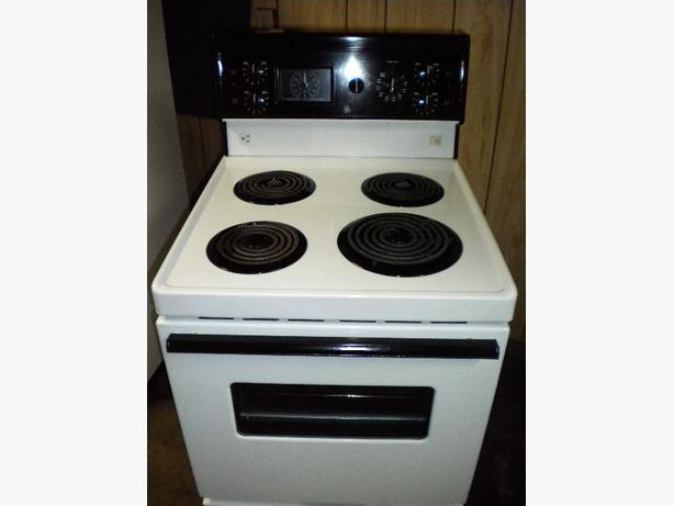 immaculate white ge apartment size stove victoria city