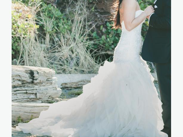 Wedding Dress Alterations Halifax : Essence of australia wedding dress victoria city