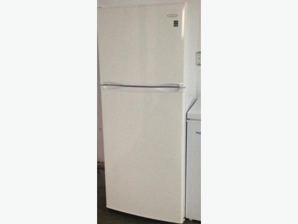 almost new danby apartment size fridge saanich victoria