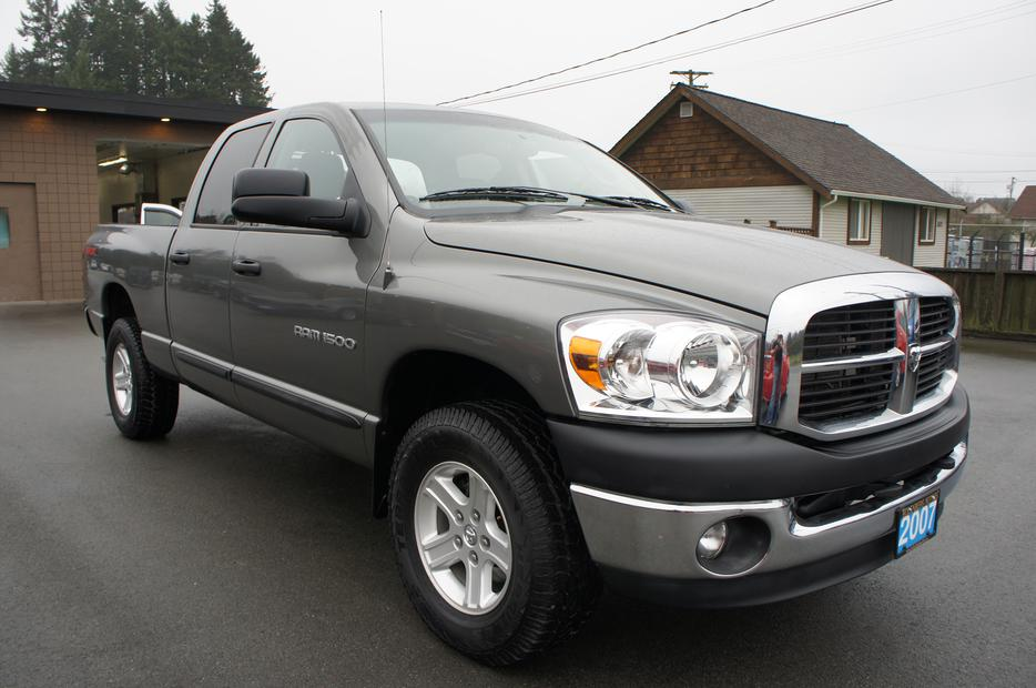 2007 Dodge Ram 1500 Slt Crew 4x4 Outside Victoria