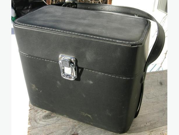 Vintage ROYAL SR-35 Camera Bag Medium Sized VGC
