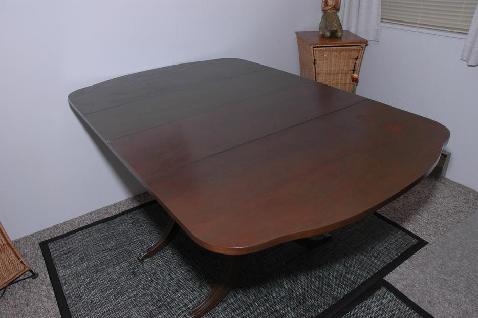 Teak Dining Table with 2 extra leaves Victoria City Victoria : 44569599934 from www.usedvictoria.com size 934 x 621 jpeg 60kB