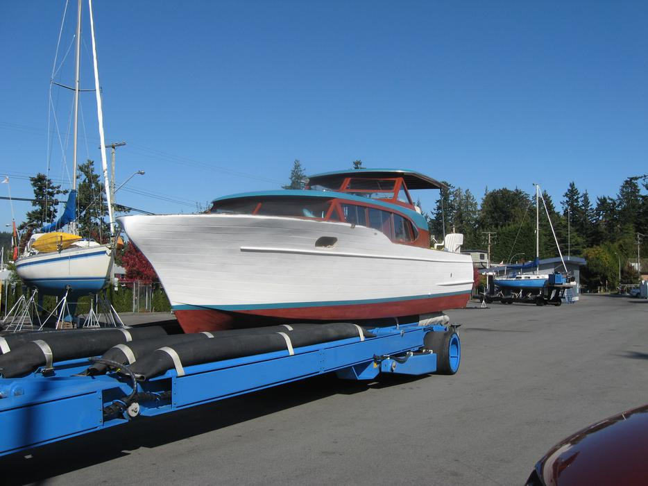 Ft Express Cruiser Chris Craft