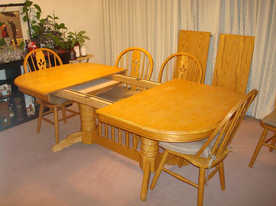 Extending Dining Room Table Victoria City Victoria : 44569880934 from www.usedvictoria.com size 934 x 700 jpeg 88kB
