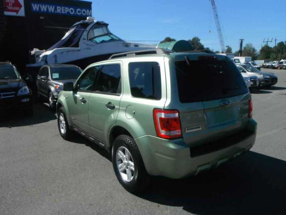 2008 ford escape hybrid 4wd outside comox valley. Black Bedroom Furniture Sets. Home Design Ideas