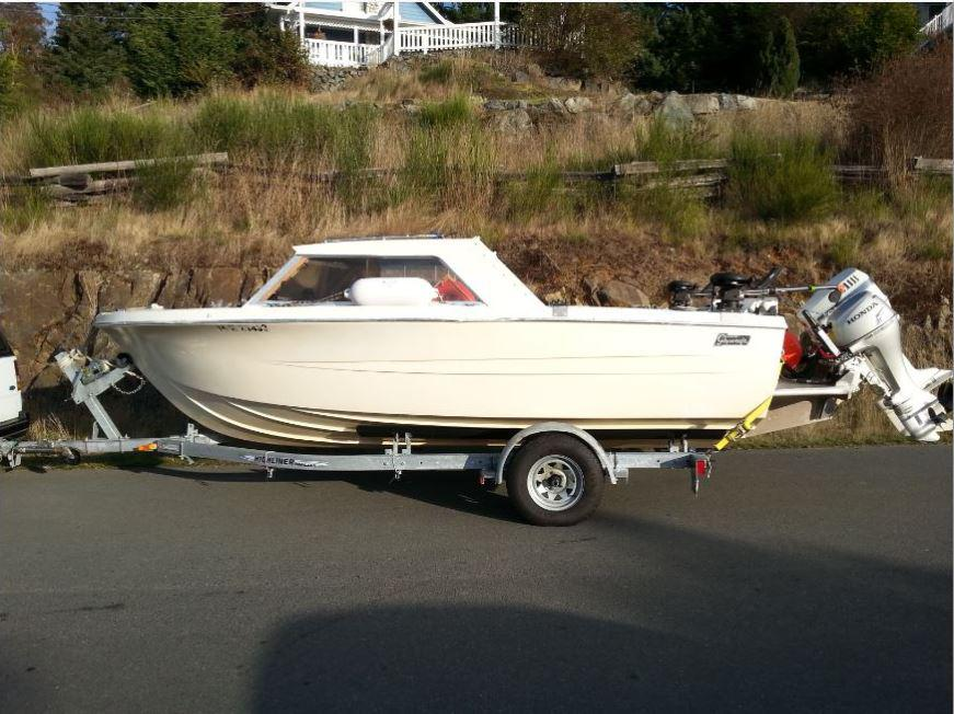 Hourston glasscraft 18 foot with new pod sooke victoria for Used fishing boats for sale in houston
