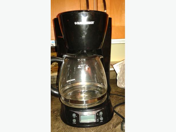 Black And Decker Coffee Maker Time : REDUCED Black and Decker 12 cup - programmable Coffee Maker - as new Oak Bay, Victoria - MOBILE