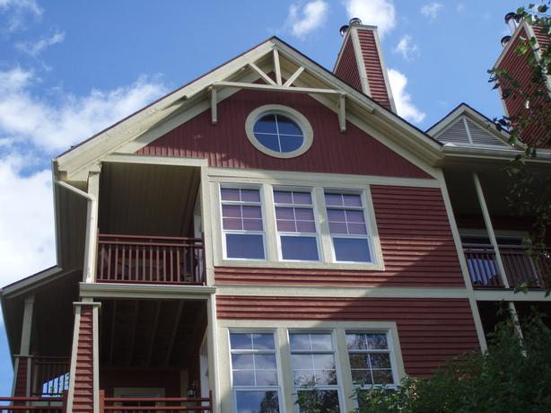 Amazing ski condo holiday rental in mont tremblant for Amazing holiday rentals