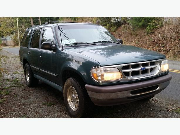 1997 ford explorer 4x4 quick sale outside comox valley comox valley mobile. Black Bedroom Furniture Sets. Home Design Ideas