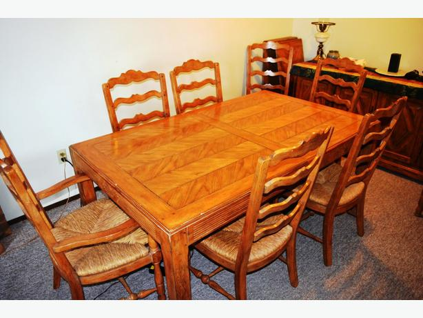 log in needed 6 750 drexel antique dining room suite