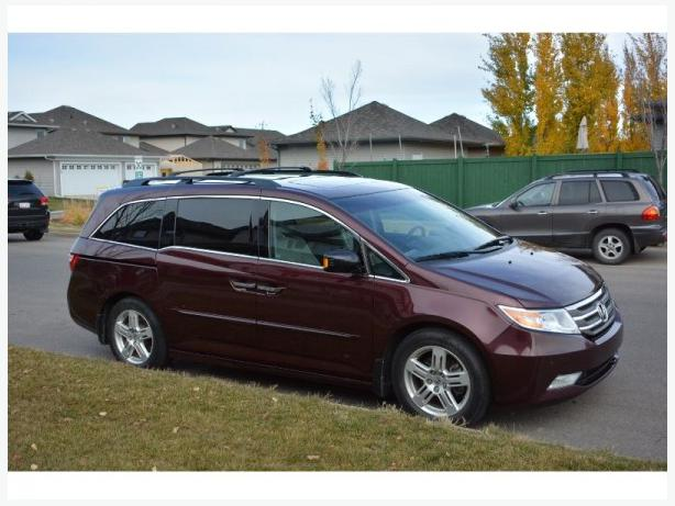 2012 honda odyssey touring minivan for sale outside. Black Bedroom Furniture Sets. Home Design Ideas