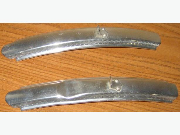 Polished mini aluminum Fenders for a road bike