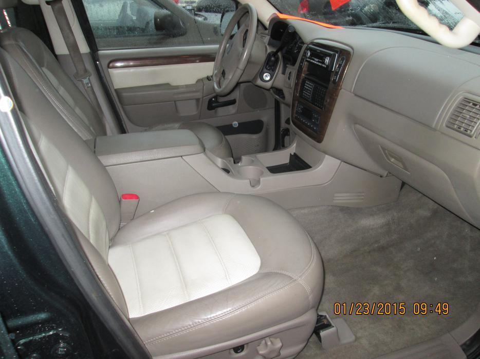 2002 ford explorer eddie bauer duncan cowichan mobile. Black Bedroom Furniture Sets. Home Design Ideas