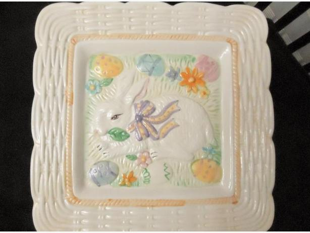 Easter Bunny - Serving Platter - Like New