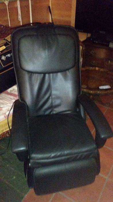 Great condition high end massage chair parksville nanaimo - Massage chairs edmonton ...