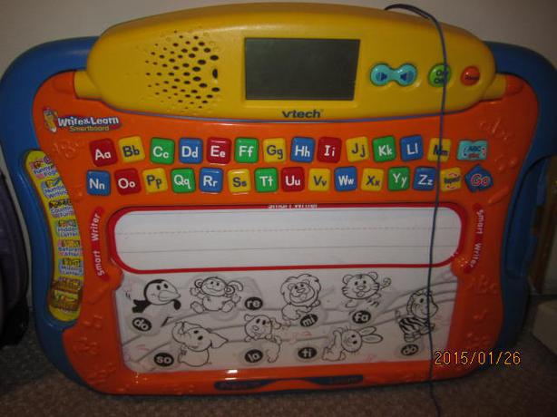 vtech write and learn smartboard Take your little one's learning to the letter the write and learn smartboard makes it fun and easy to learn standardized writing little ones can try their hand at.