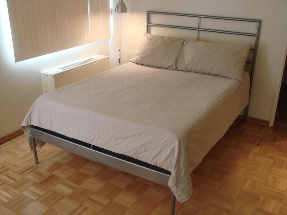 Ikea heimdal double bed frame victoria city victoria mobile for Ikea metal beds