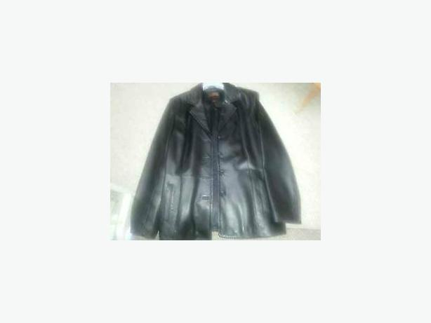 DANIER BLACK LEATHER JACKET SIZE MEDIUM - LIKE NEW!