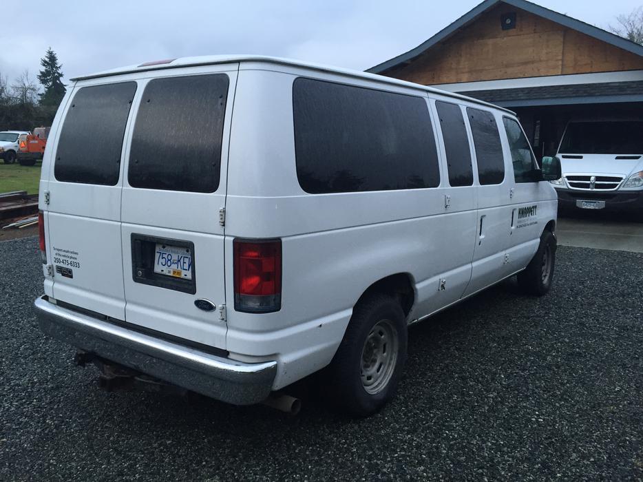 Full Size Ford E150 Xlt Passenger Van Central Nanaimo