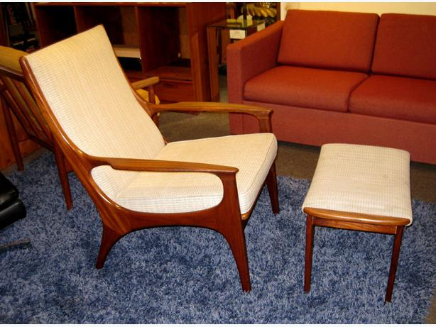 Charmaine 39 S Is Always Buying Quality Furniture Victoria City Victoria
