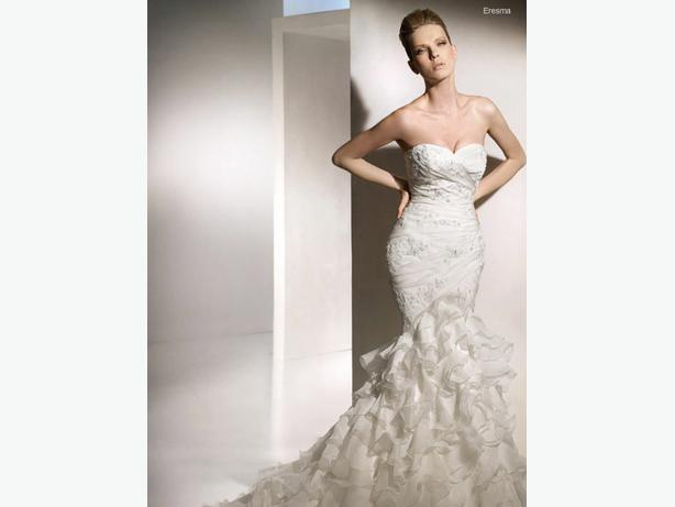 San patrick eresma wedding dress victoria city victoria for Used wedding dresses victoria bc
