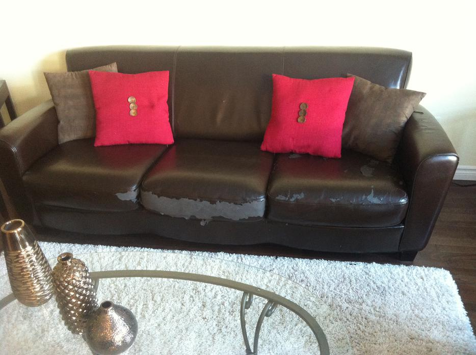 3 pcs Living Room Sofa Love seat and Chair Hull Sector  : 44799538934 from www.usedottawa.com size 934 x 697 jpeg 85kB