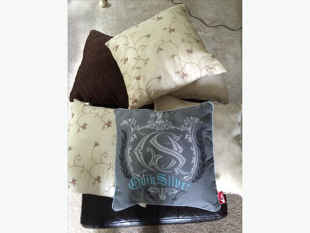 Decorative Pillows Victoria Bc : decorative pillows For bed or couch Oak Bay, Victoria