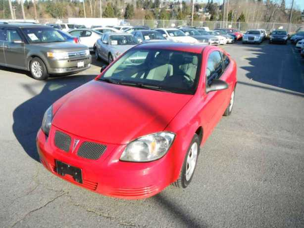 2008 pontiac g5 coupe outside comox valley courtenay comox. Black Bedroom Furniture Sets. Home Design Ideas