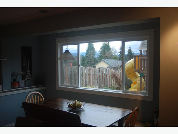 Immaculate family home for sale comox views comox for Immaculate family home