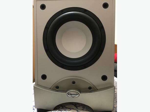 yamaha htr 6230 reciever klipsch rw8 sub klipsch rc25 center speakers saanich victoria. Black Bedroom Furniture Sets. Home Design Ideas