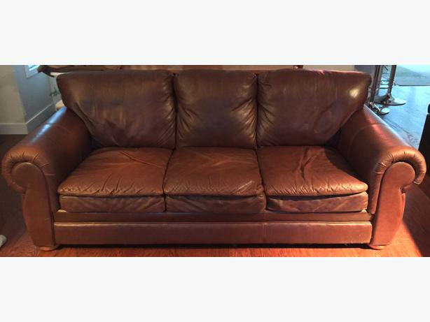 Leather Couch Matching Loveseat Courtenay Comox Valley