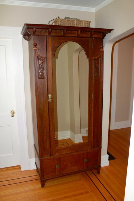 Antique armoire victoria city