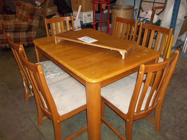 Was 85 Solid Wood Table W 6 Chairs For Sale At St Vincent De Paul On Quadra Saanich Victoria