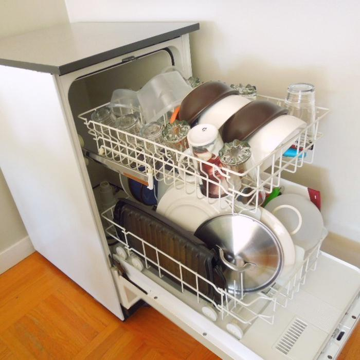Apartment Size Dishwasher: KENMORE PORTABLE APARTMENT-SIZED DISHWASHER, Needs New