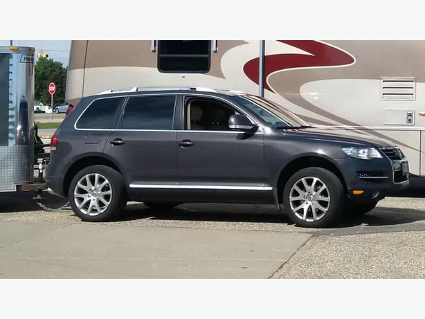 2008 volkswagen touareg 4x4 central regina regina. Black Bedroom Furniture Sets. Home Design Ideas