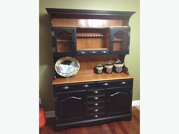 For sale dining room china cabinet and hutch malahat for Dining room hutch for sale