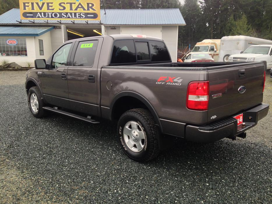 2004 ford f 150 fx4 crew cab 4x4 local truck no accidents outside comox valley comox valley. Black Bedroom Furniture Sets. Home Design Ideas